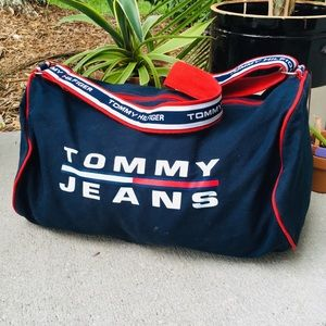 TOMMY JEANS HILFIGER navy spell out canvas duffel